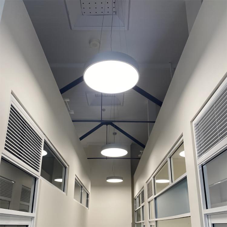 Round pendant light fixture application